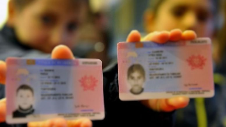 Permesso di soggiorno individuale per minorenni portale for Permesso di soggiorno schengen