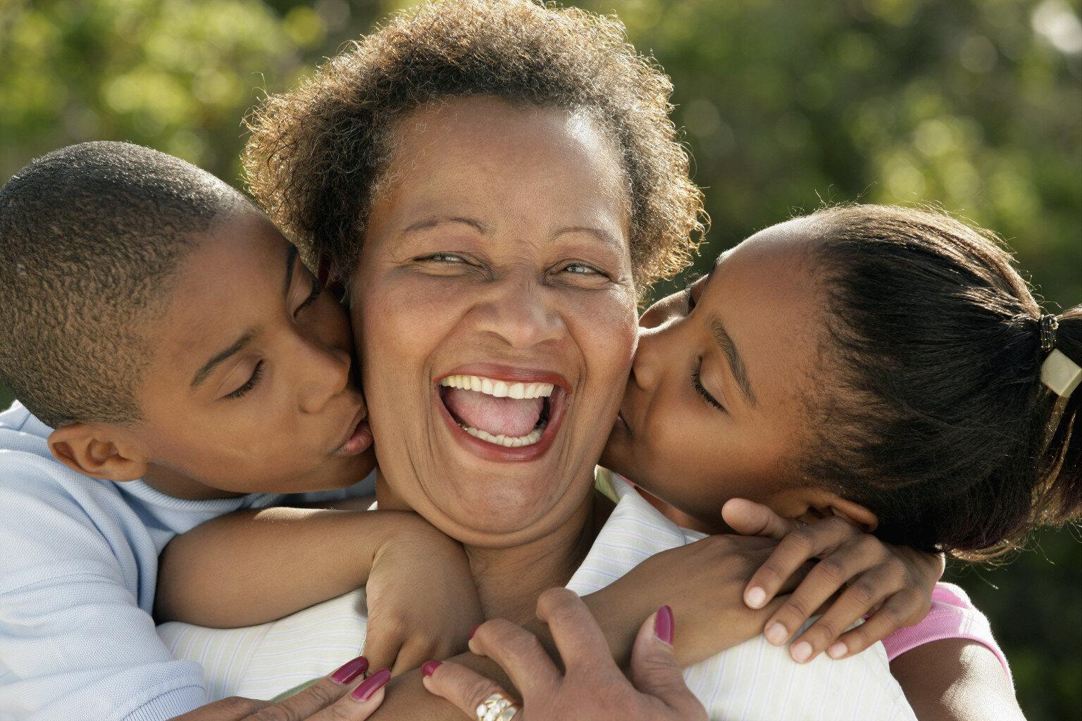 ricongiungimento familiare genitori extracomunitari
